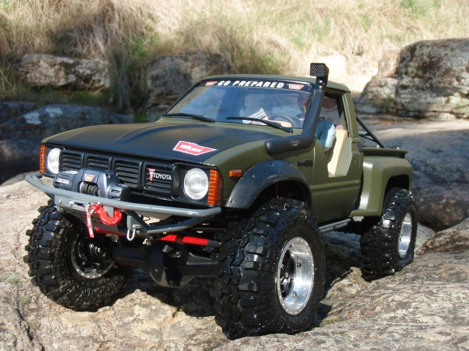 rc electrics with Toyota Hilux With Scx10 Chassis on Ts 19 Tamiya Acrylic Spray Paint Metallic Blue also 107201 furthermore 7209 additionally The Rivet King Dave Ribbes Mig 15bis further Roco Electric Lo otive Fs E636 164.