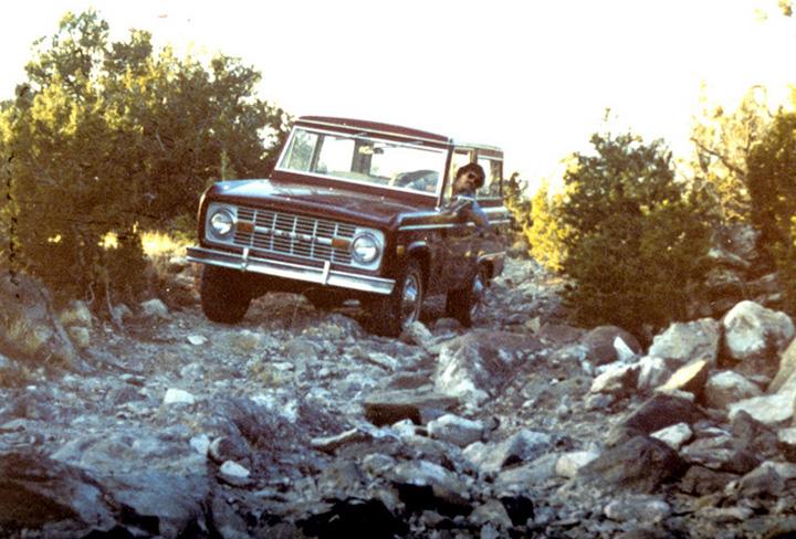 chariot_1976y