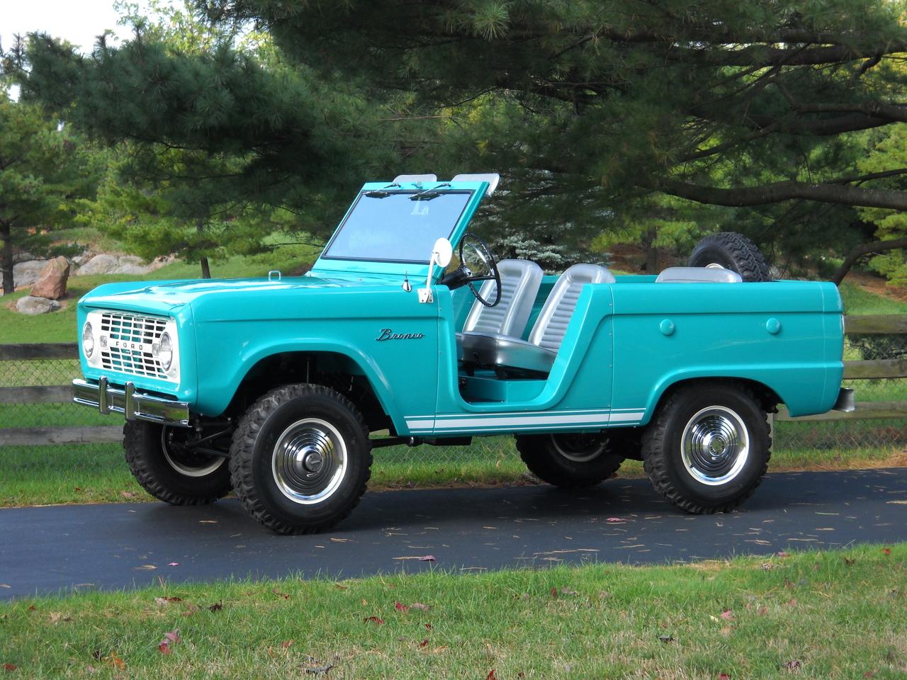 factory code u13 restored 1966 ford bronco roadster. Black Bedroom Furniture Sets. Home Design Ideas