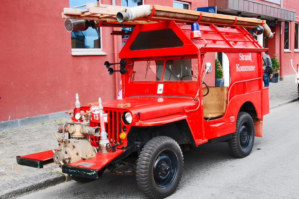 willys jeep, jeep fire, fire truck