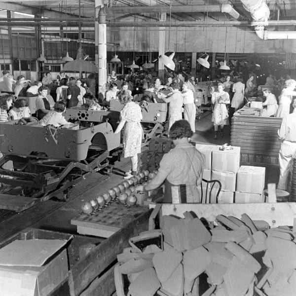 Vintage B&W Willys Jeep Factory Photos