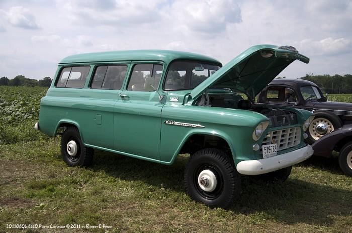1955 Chevy 1-ton Suburban with NAPCO 4 wheel drive