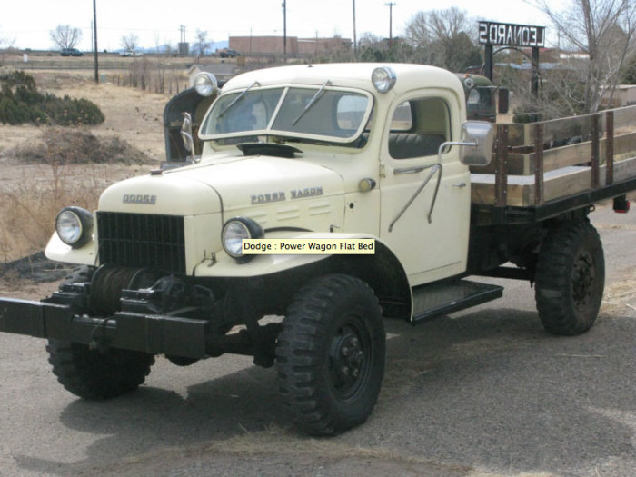 1946_dodge_power_wagon_4