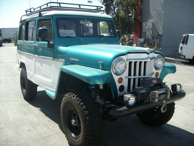 Custom Willys Wagon http://offroadaction.ca/2013/02/06/1964-willys-wagon-for-sale/