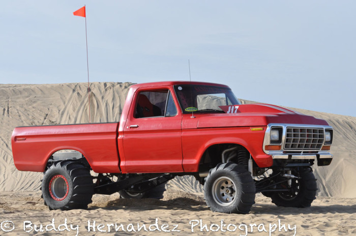 Sand drags trucks