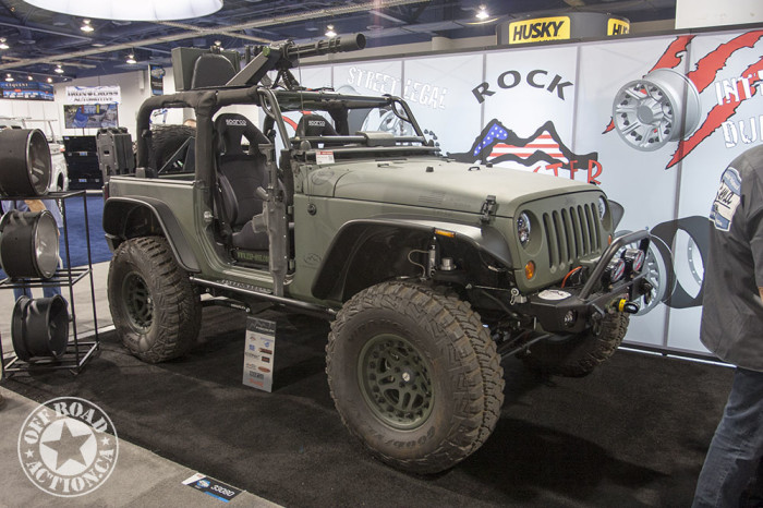 2013-sema-off-road-action-part2_23