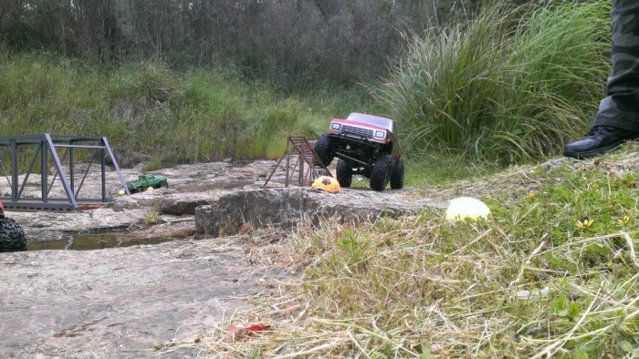 deluxrc_trrc_off_road_action_11