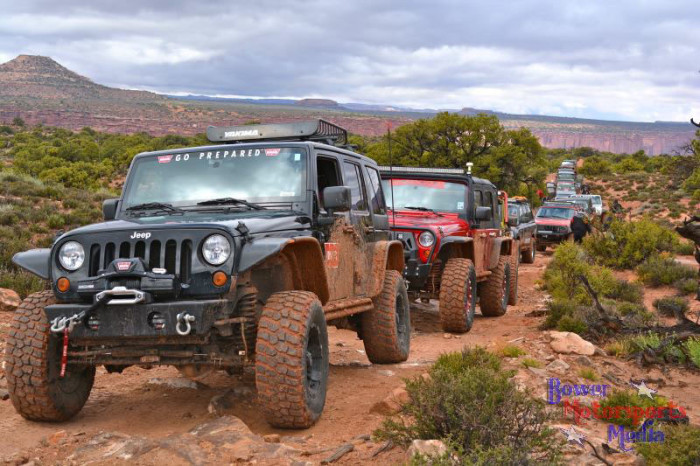 2014_moab_easter_jeep_safari_warn_01