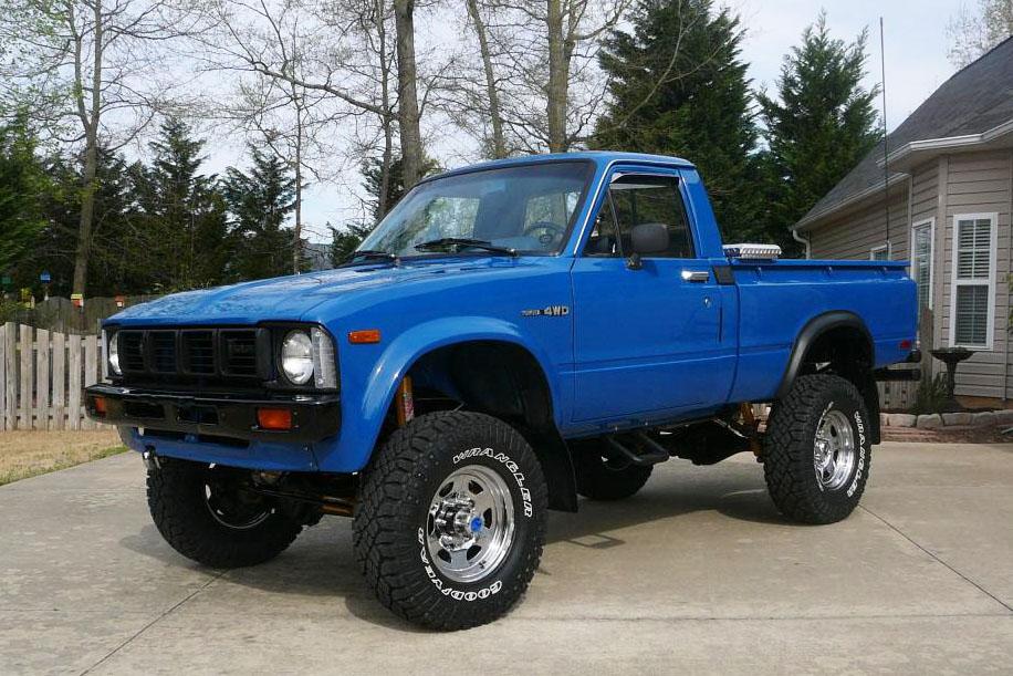 restored 1980 toyota 4 4