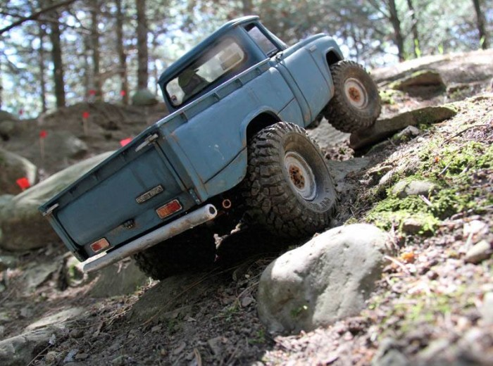 toyopet_stout_headquake_off_road_action_05