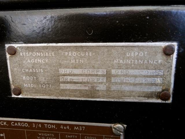 1954_dodge_power_wagon_m37_20