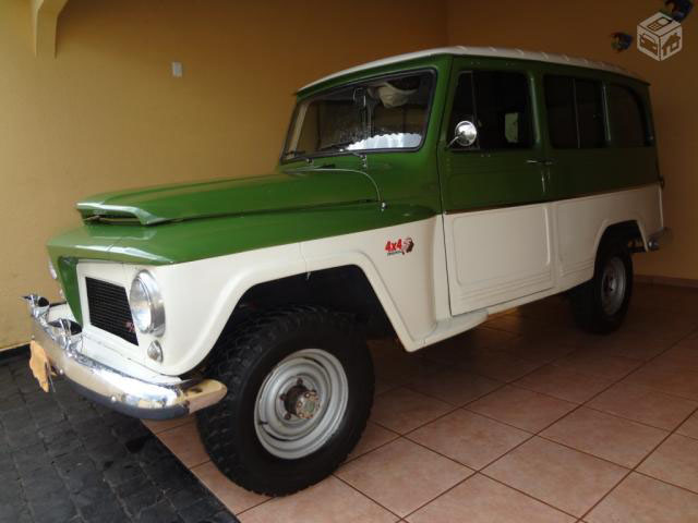1973_willys_ford_rural_1