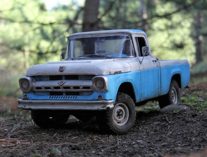1957_ford_pickup_headquake_off_road_action_03