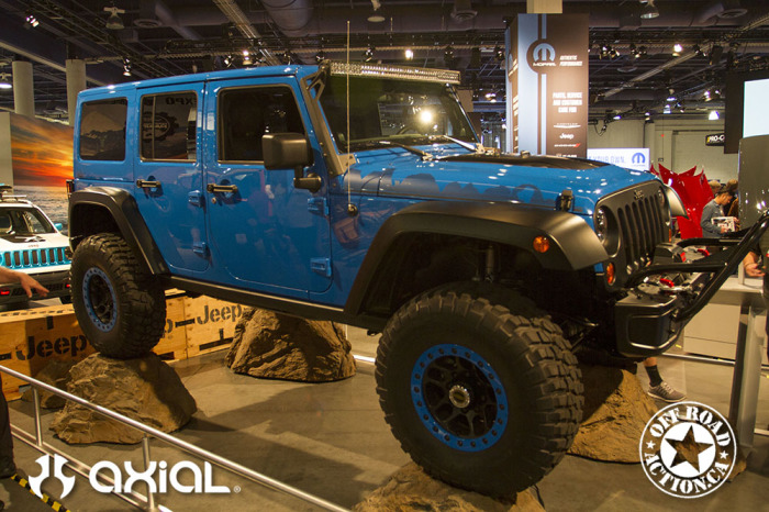 2014_sema_axial_racing_off_road_action_part3_17