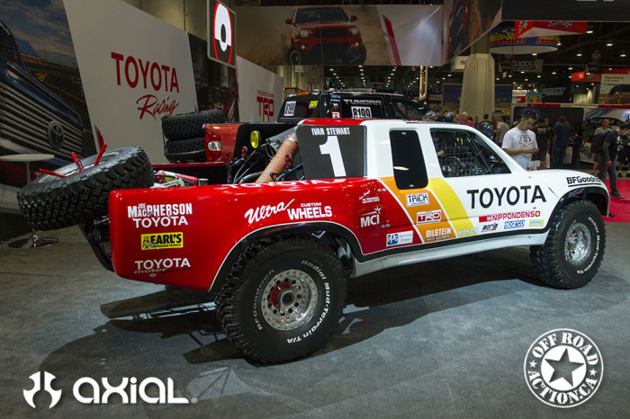 2014_sema_axial_racing_off_road_action_part3_59