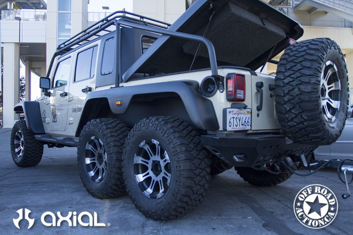 2014_sema_axial_racing_off_road_action_part3_87