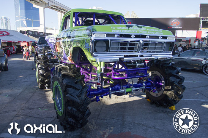 2014_sema_axial_racing_off_road_action_part3_89