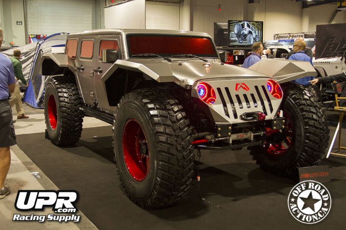 2014_sema_upr_racing_supply_off_road_action_part2_05