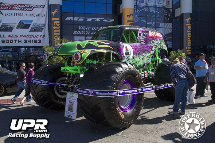 2014_sema_upr_racing_supply_off_road_action_part2_42