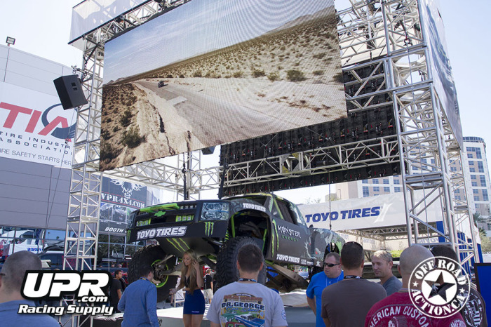 2014_sema_upr_racing_supply_off_road_action_part2_43