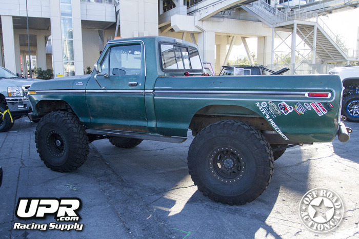 2014_sema_upr_racing_supply_off_road_action_part4_53