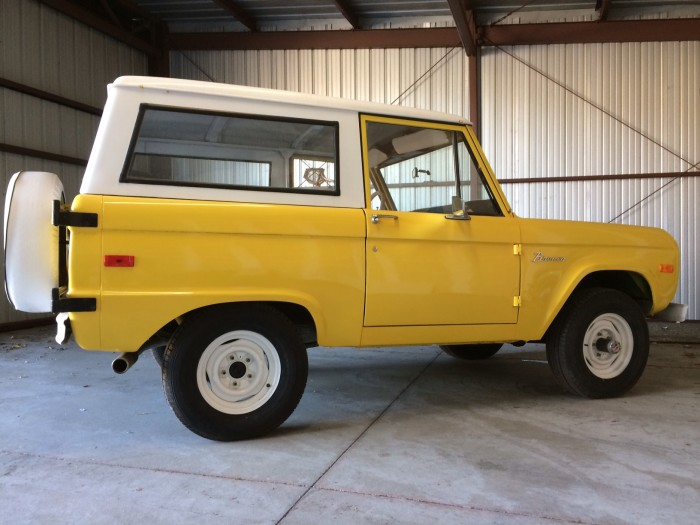 1972_ford_bronco_1