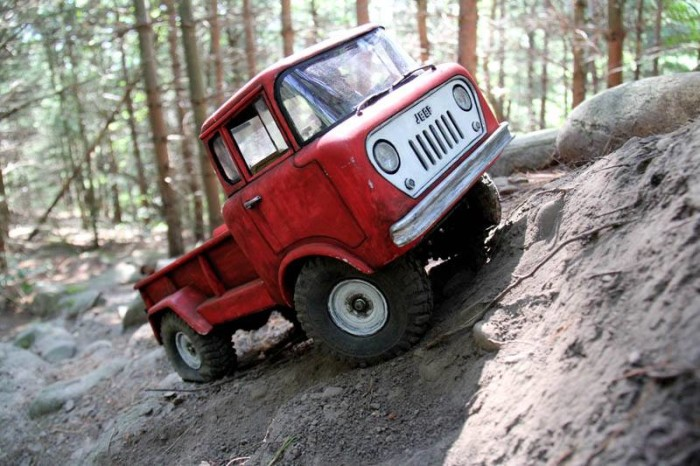1960_jeep_fc170_headquake_off_road_action_04