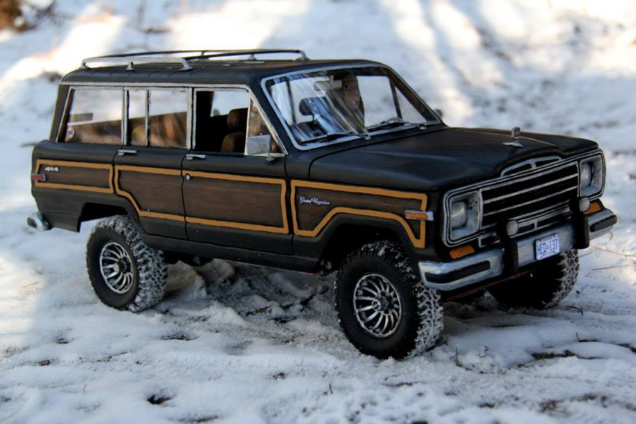1989 jeep grand wagoneer headquake off road action 1. Cars Review. Best American Auto & Cars Review