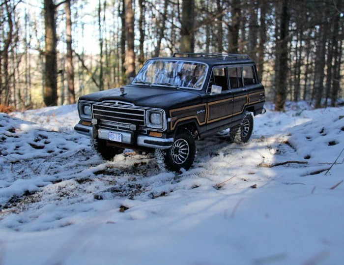 1989_jeep_grand_wagoneer_headquake_off_road_action_3