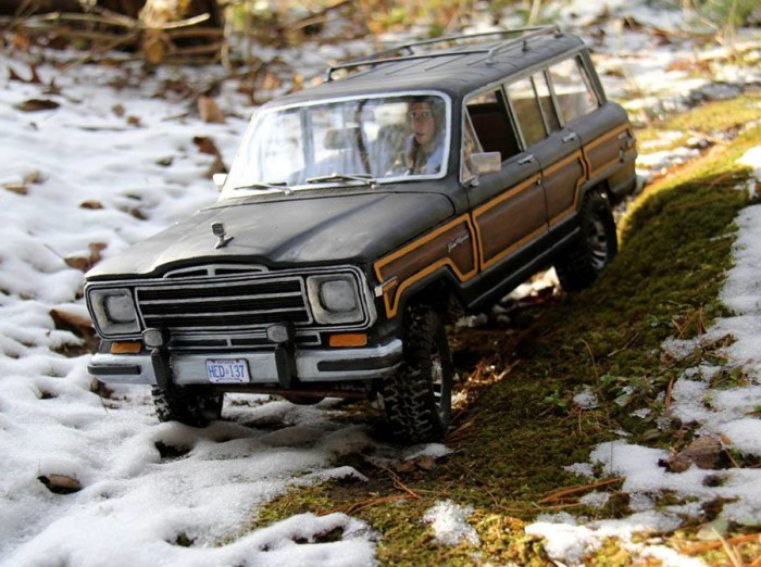 1989_jeep_grand_wagoneer_headquake_off_road_action_4