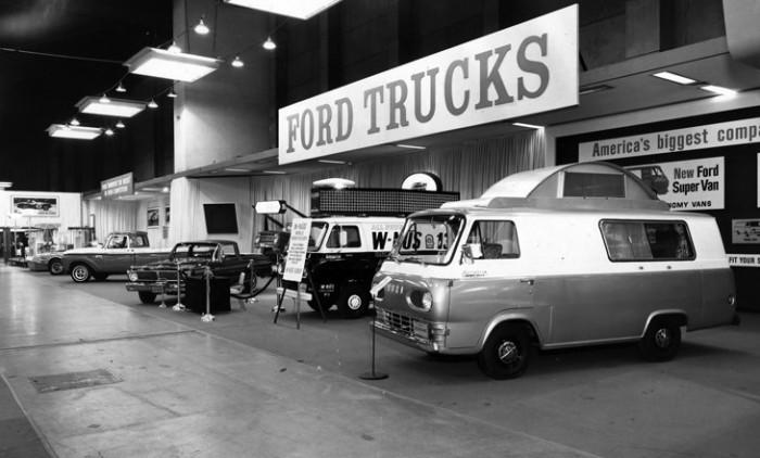 1965_Chicago-Auto-Show_Ford_Trucks