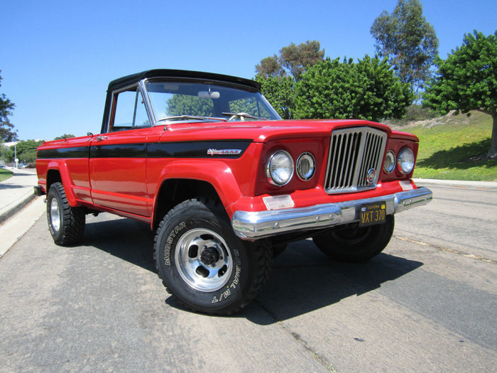 1968_jeep_gladiator_kaiser_j2000_off_road_action_01