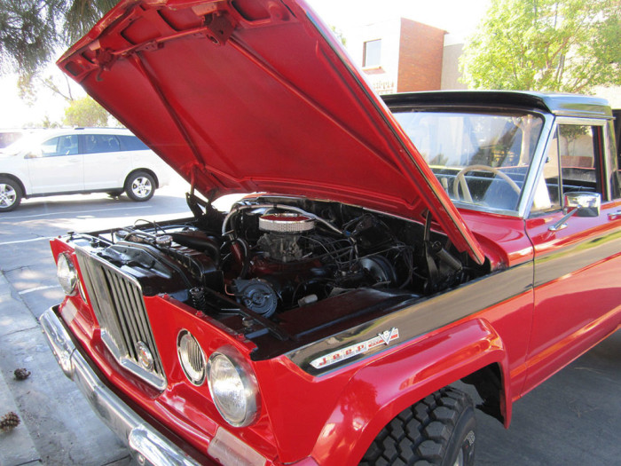 1968_jeep_gladiator_kaiser_j2000_off_road_action_11