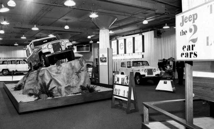 1969_Chicago_Auto_Show_Jeep_OnRock