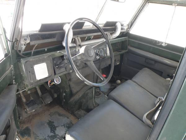 1967_Land_Rover_Series_IIa_06
