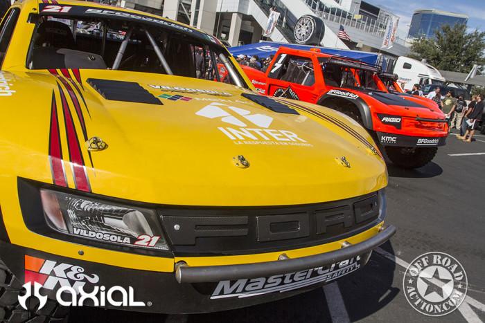 2015_sema_axial_racing_off_road_action_part1_07