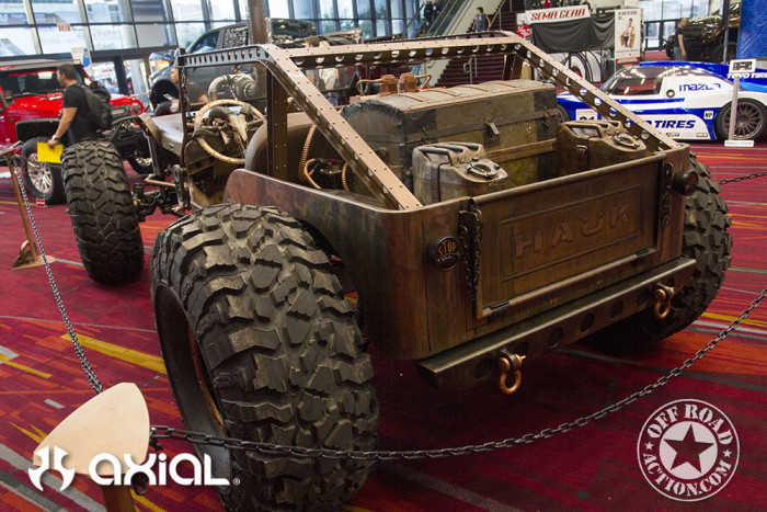 2015_sema_preview_axial_racing_off_road_action_02