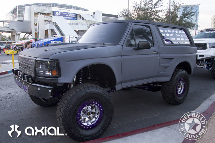 2015_sema_preview_axial_racing_off_road_action_03