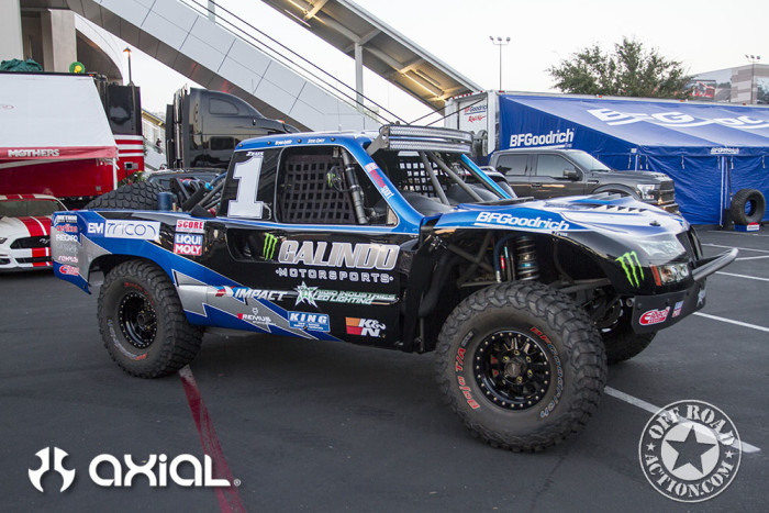 2015_sema_preview_axial_racing_off_road_action_11