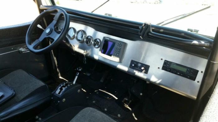 1969_jeepster_commando_2-900x507