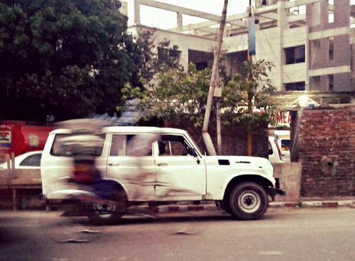 bangladesh-off-road-action-fj55-toyota-5