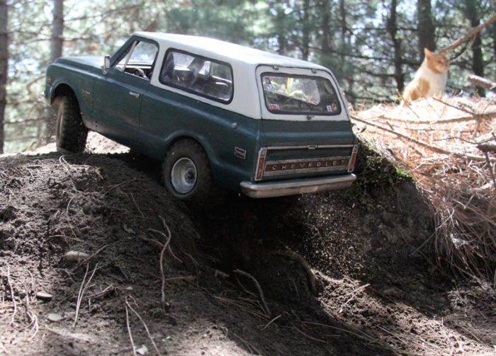 1970_chevy_blazer_headquake_off_road_action_6