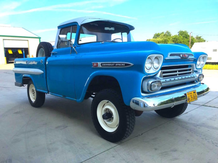 1959 Chevy Apache NAPCO - Jesse James