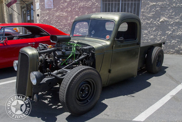 2016-pistons-pinups-and-beer-off-road-action_38