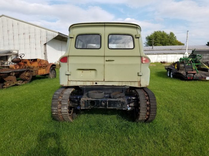 1960-suburban-white-halftrack-04