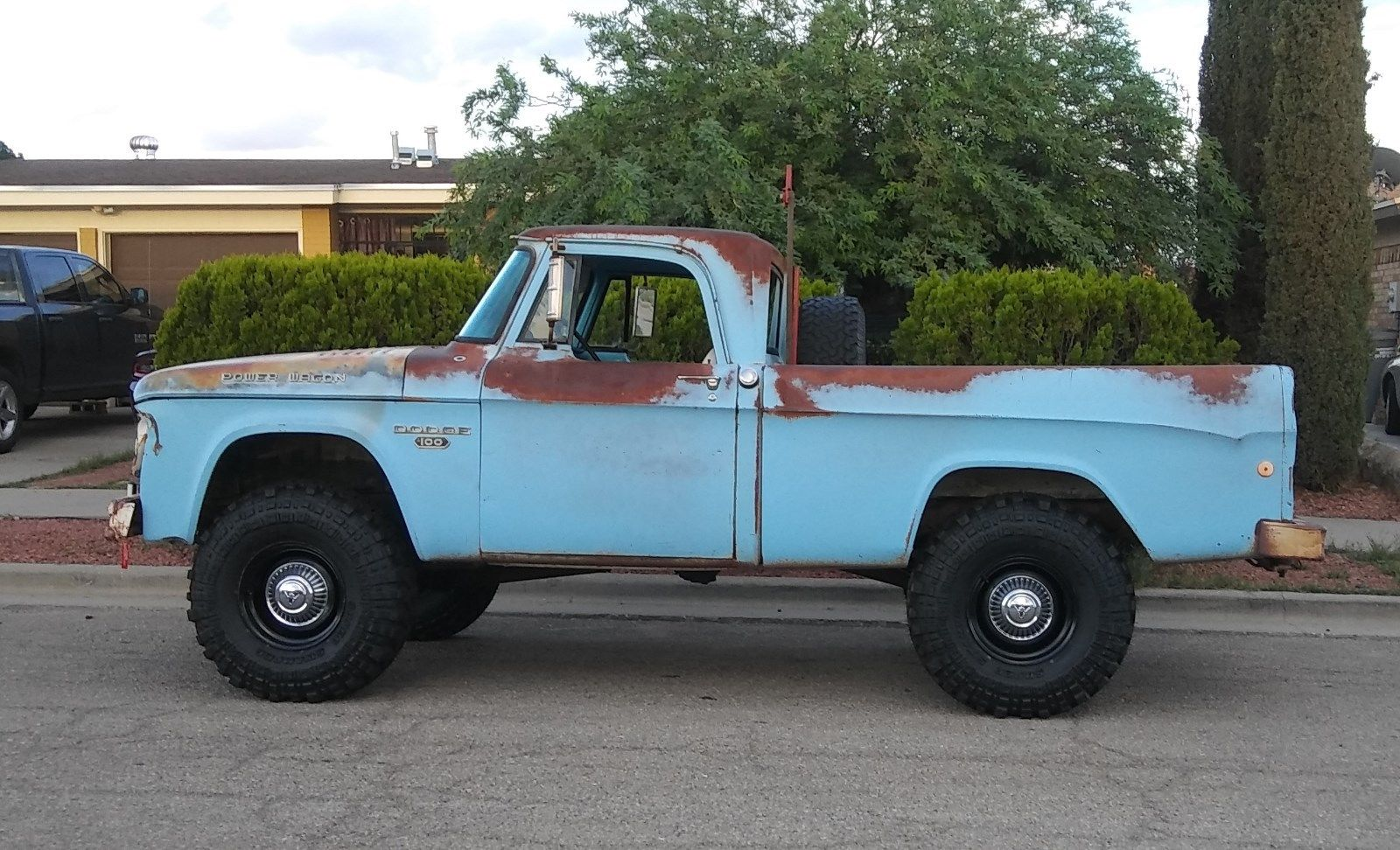 1968 W100 Dodge Power Wagon
